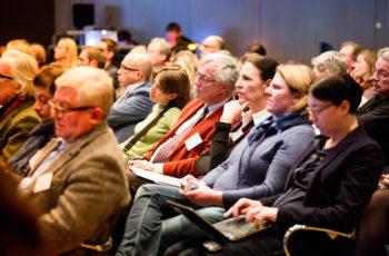 Konzentriertes Publikum.