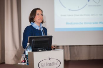 """Die """"Pathologie und Klinik der CDK-Inhibitoren"""" brauchte Assoz. Prof. Dr. Zsuzsanna Bago-Horvath näher …"""