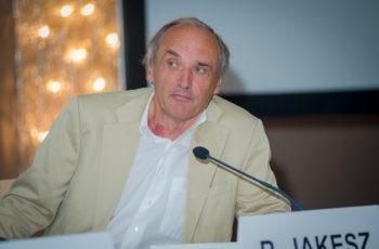 Hatte den Vorsitz bei den Mamma-Sessions inne: ABCSG-Gründungspräsident Univ.-Prof. Dr. Raimund Jakesz