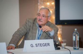 Sprang für den kurzfristig verhinderte Univ.-Prof. Dr. Hellmut Samonigg ein: ABCSG-Vorstandsmitglied Univ.-Prof. Dr. Günther Steger.