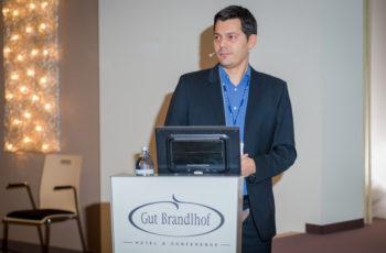 "Dr. Panagiotis Kapetas sprach über ""Tomosynthese""."