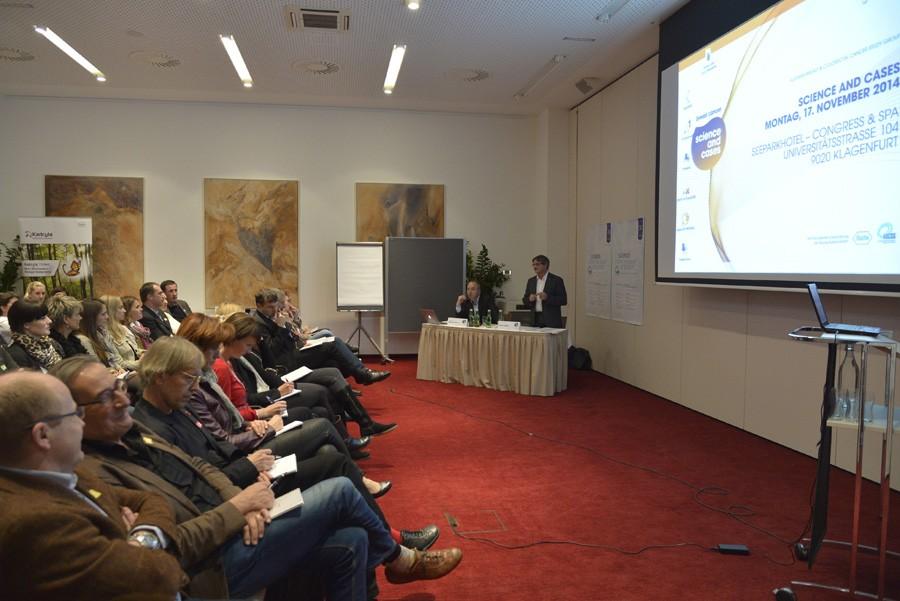 Begrüßung durch die Vorsitzenden Univ.-Prof. Dr. Michael Gnant und Prim. Dr. Viktor Wette.