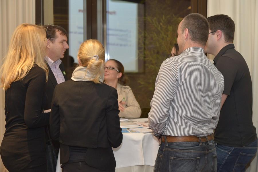 Konzentrierte Diskussionen in den Arbeitsgruppen.