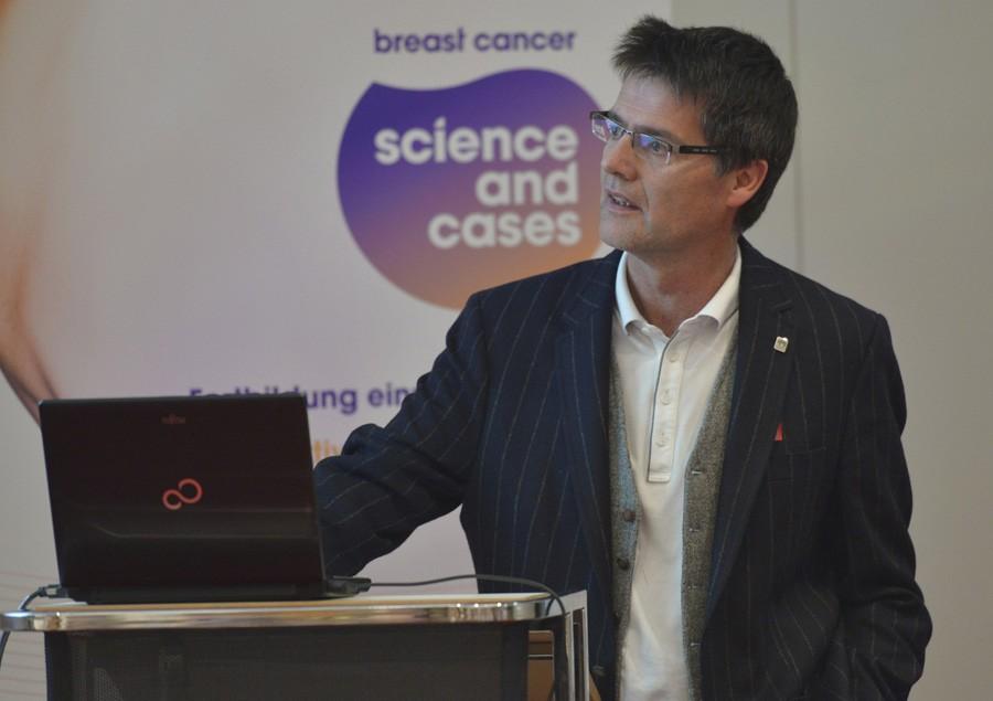 Eröffnete als erster Referent: OA Dr. Klaus Unterrieder.