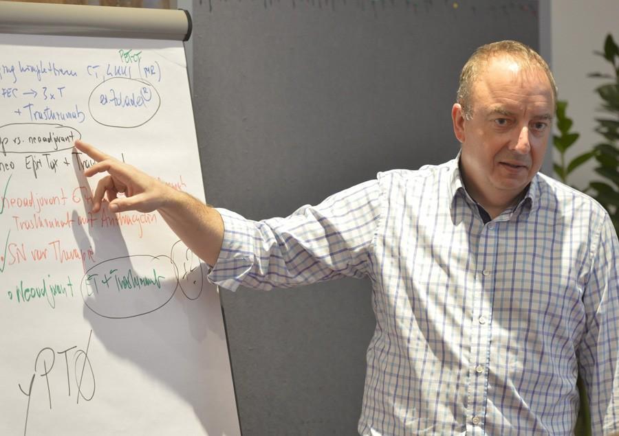 Schrieb die Ergebnisse der Gruppen mit: ABCSG-Präsident Univ.-Prof. Dr. Michael Gnant.