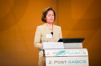 Schloss den ersten Teil mit Mammachirurgie und Radiotherapie ab: Ass.-Prof. Dr. Ruth Exner.
