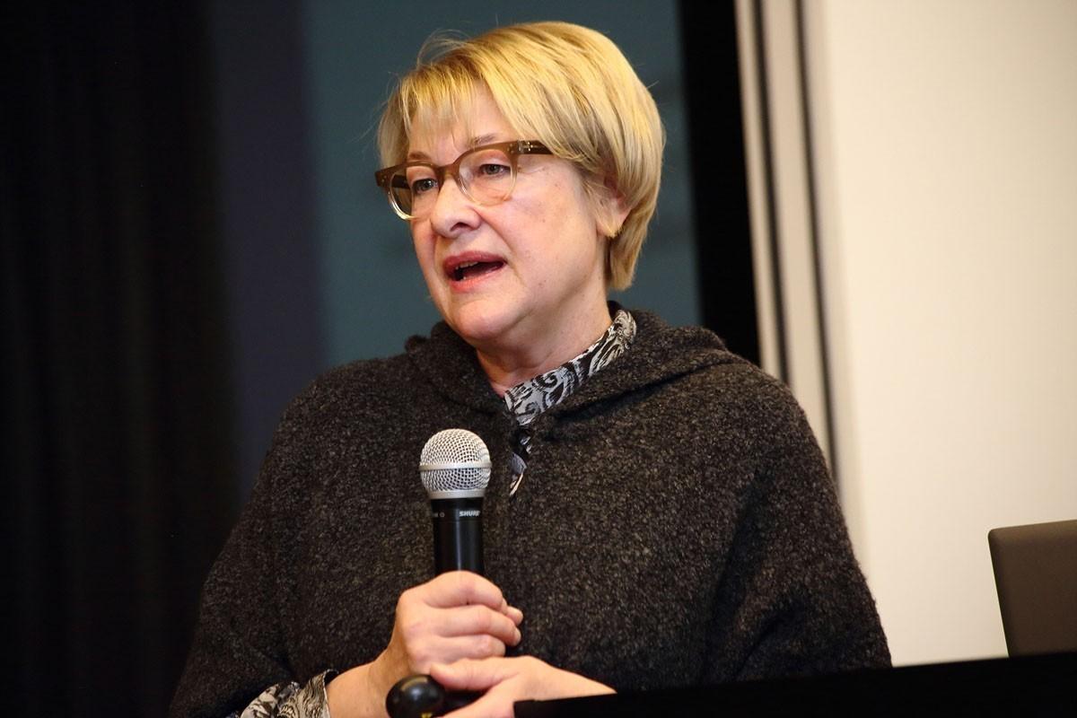 Zum Abschluss Strahlentherapie: Univ.-Prof. Dr. Karin Kapp.