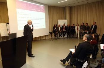 Stellte zwei reale Fälle dem Panel vor: Univ.-Prof. Dr. Herbert Stöger.