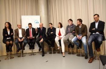 Das Panel: Assoz. Prof. Priv.-Doz. Dr. Marija Balic, OA Dr. Azab El-Shabrawi, Univ.-Prof. Dr. Stephan Spendel, Prim. Univ.-Prof. Dr. Sigurd Lax, Univ.-Prof. Dr. Hubert Hauser, Assoz. Prof. Priv.-Doz. Dr. Vesna Bjelic-Radisic, OA Dr. Thomas Roskaric, OA Dr. Martin Mitteregger, Dr. Peter Regitnig (v.l.n.r.).