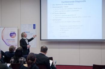 Prim. Dr. Hans-Jörg Neumann stellte die Gruppen mit einer Patientin mit einem BMI von 57 vor schwierige Entscheidungen.