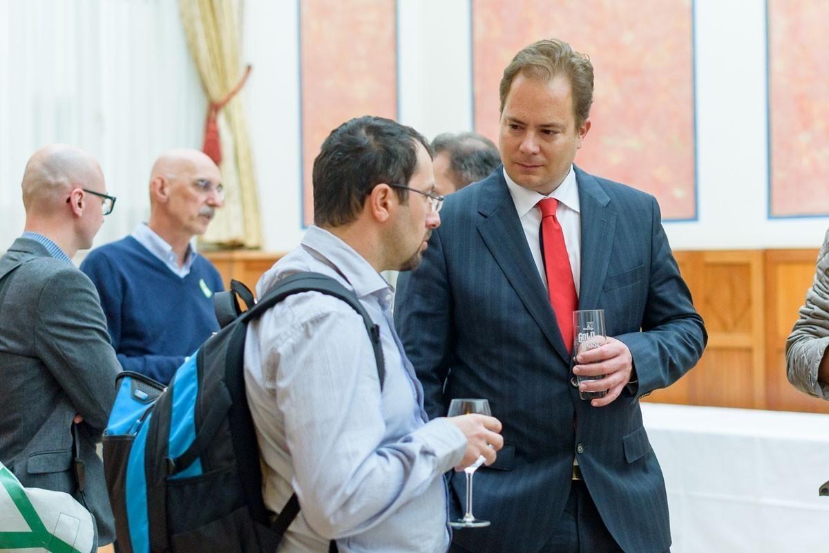 Von Wiener Neustadt wieder nach Wien gewechselt: Vortragender Univ.-Prof. Dr. Wolfgang Köstler, PhD (rechts).