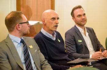 … und Dr. Gerhard Loncsar (Mitte) für die Gruppe Grün.