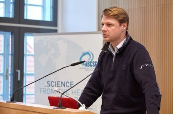 """""""Forschung für mich persönlich, Forschung für Österreich und meine PatientInnen"""": Georg Pfeiler."""