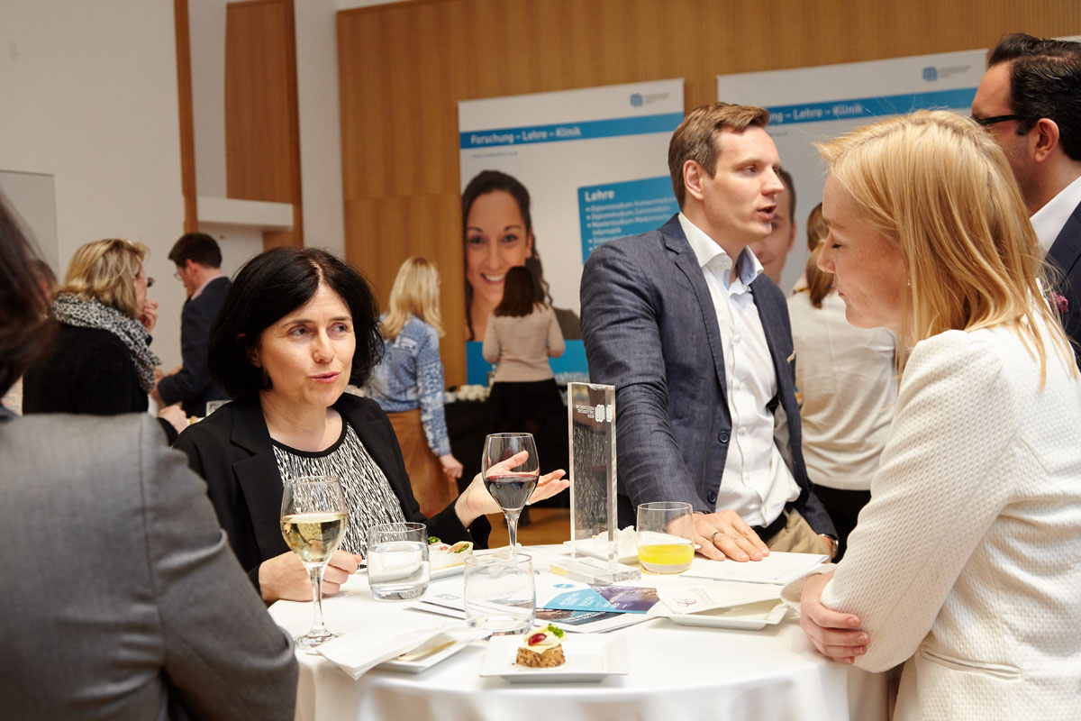 BesucherInnen konnten unmittelbar nach der Veranstaltung mit dem Networking beginnen.