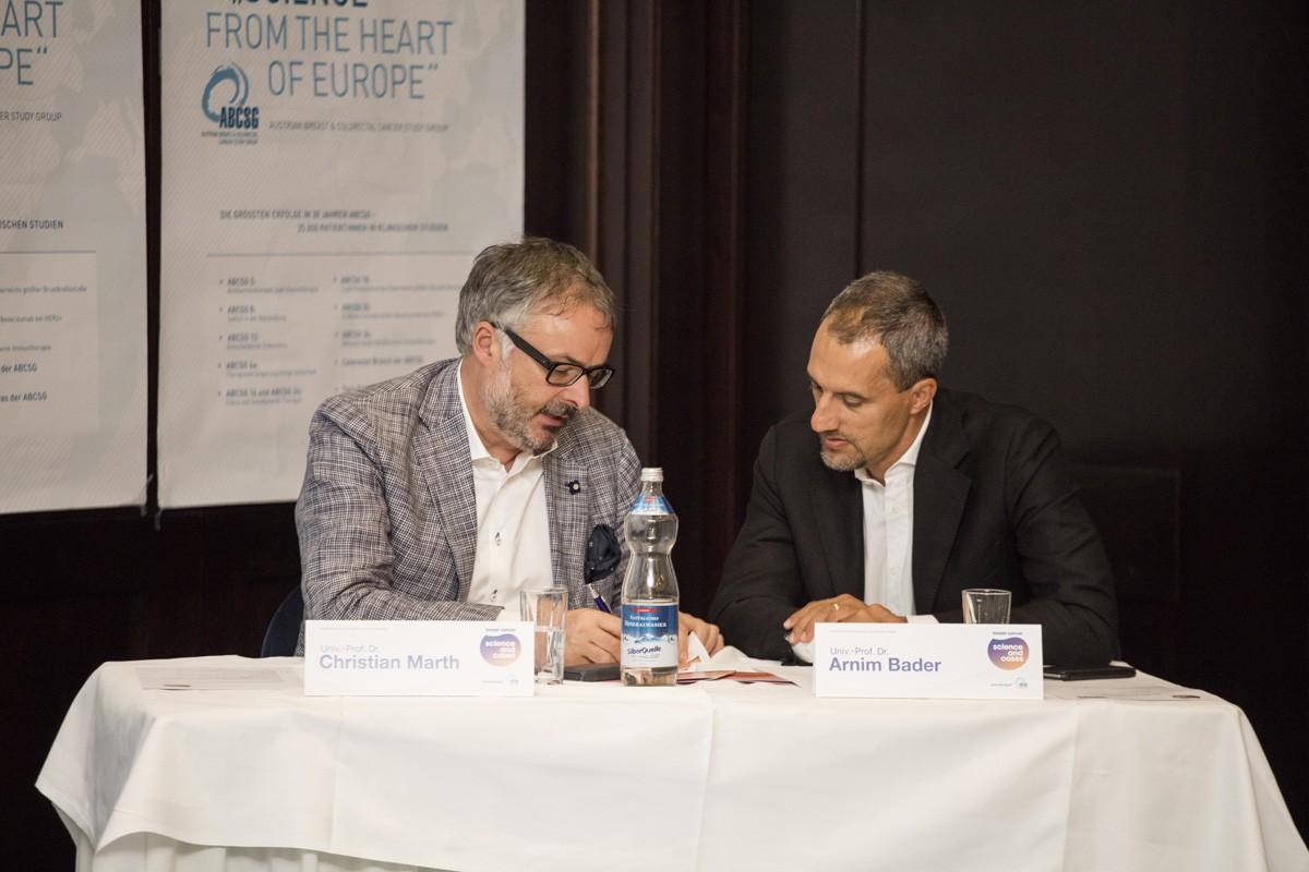 Univ.-Prof. Dr. Christian Marth lud Kollegen Univ.-Prof. Dr. Arnim Bader aus Graz ein, mit ihm gemeinsam den Vorsitz zu übernehmen.