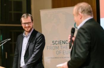 Auch nach dem umfassenden Vortrag noch gut drauf: Daniel Egle.