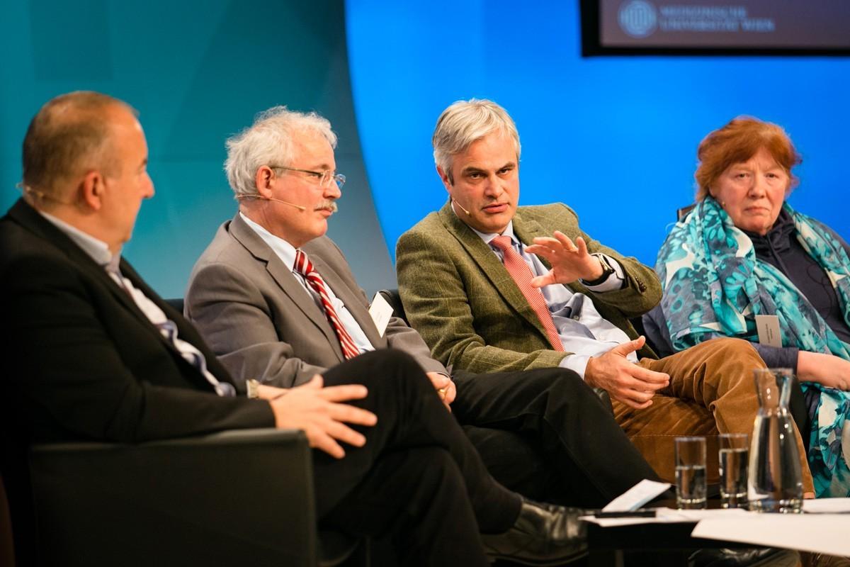 Meistens war sich das Panel einig: Michael Gnant, Günther Steger, Christian Singer, Annemarie Schratter-Sehn (v.l.n.r.).