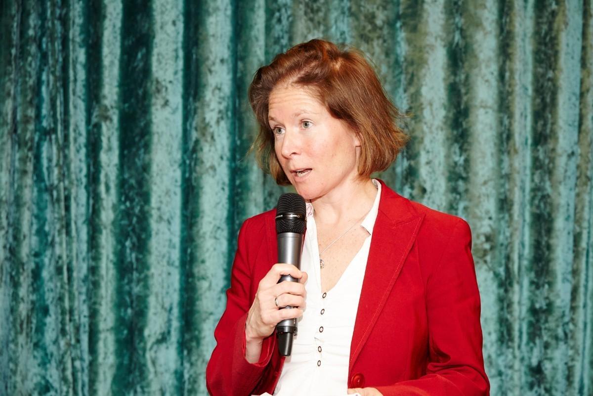 Ruth Exner präsentierte die Ergebnisse der gelben Gruppe.