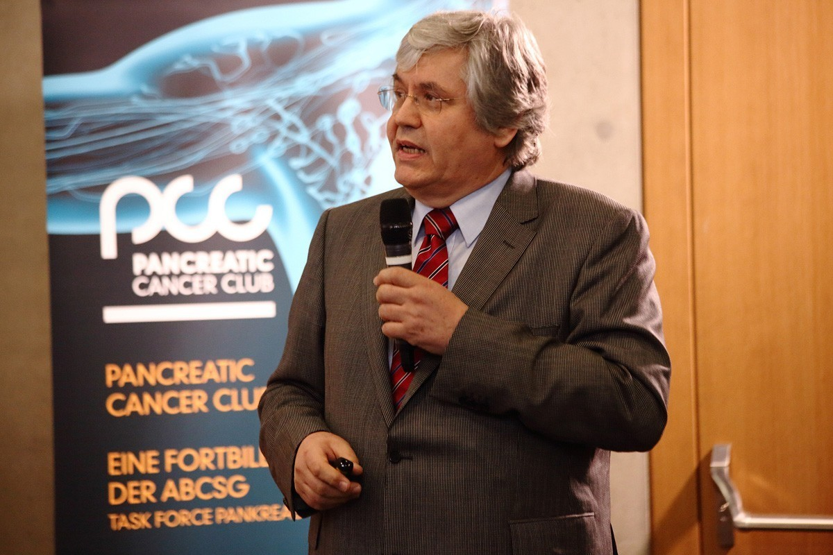 Der Grazer Chirurg Hans-Jörg Mischinger war der erste Redner.