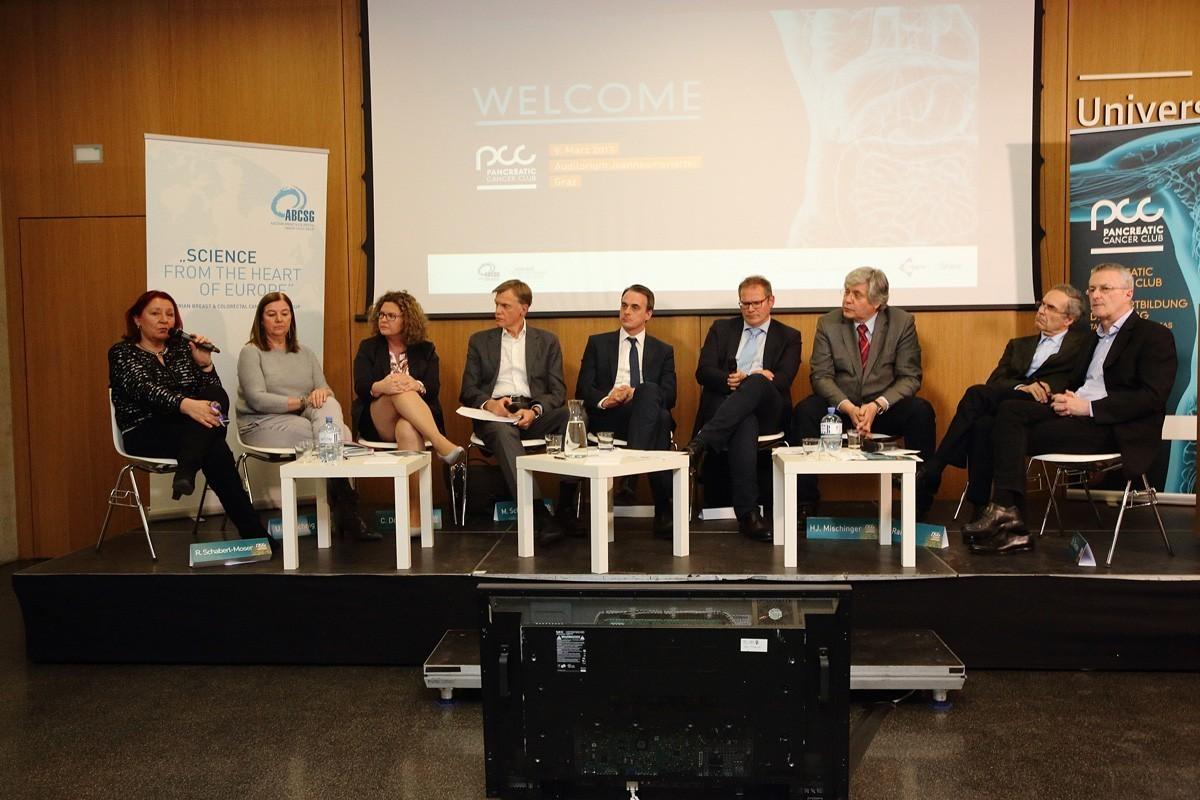 Panel: Renate Schaberl-Moser, Ursula Pluschnig, Carmen Döller, Martin Schindl, Armin Gerger, Wolfgang Eisterer, Hans-Jörg Mischinger, Hans Rabl. Christoph Tinchon (v.l.n.r.).