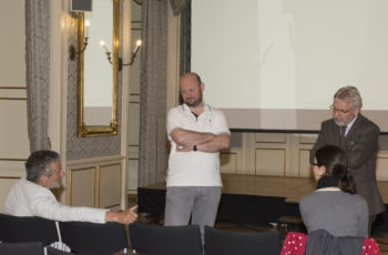 Pausengespräch: Michael Fridrik, Michael Wacha, Josef Thaler, Nicole Scheiber (v.l.n.r.).