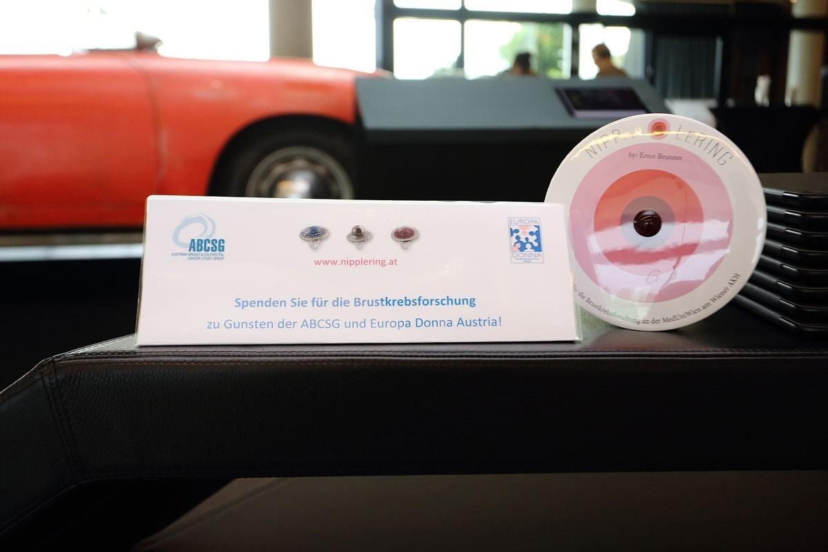 003 Bei ABCSG-Veranstaltungen kann man jetzt auch direkt spenden - dank der Spardose Nipp LeCash.