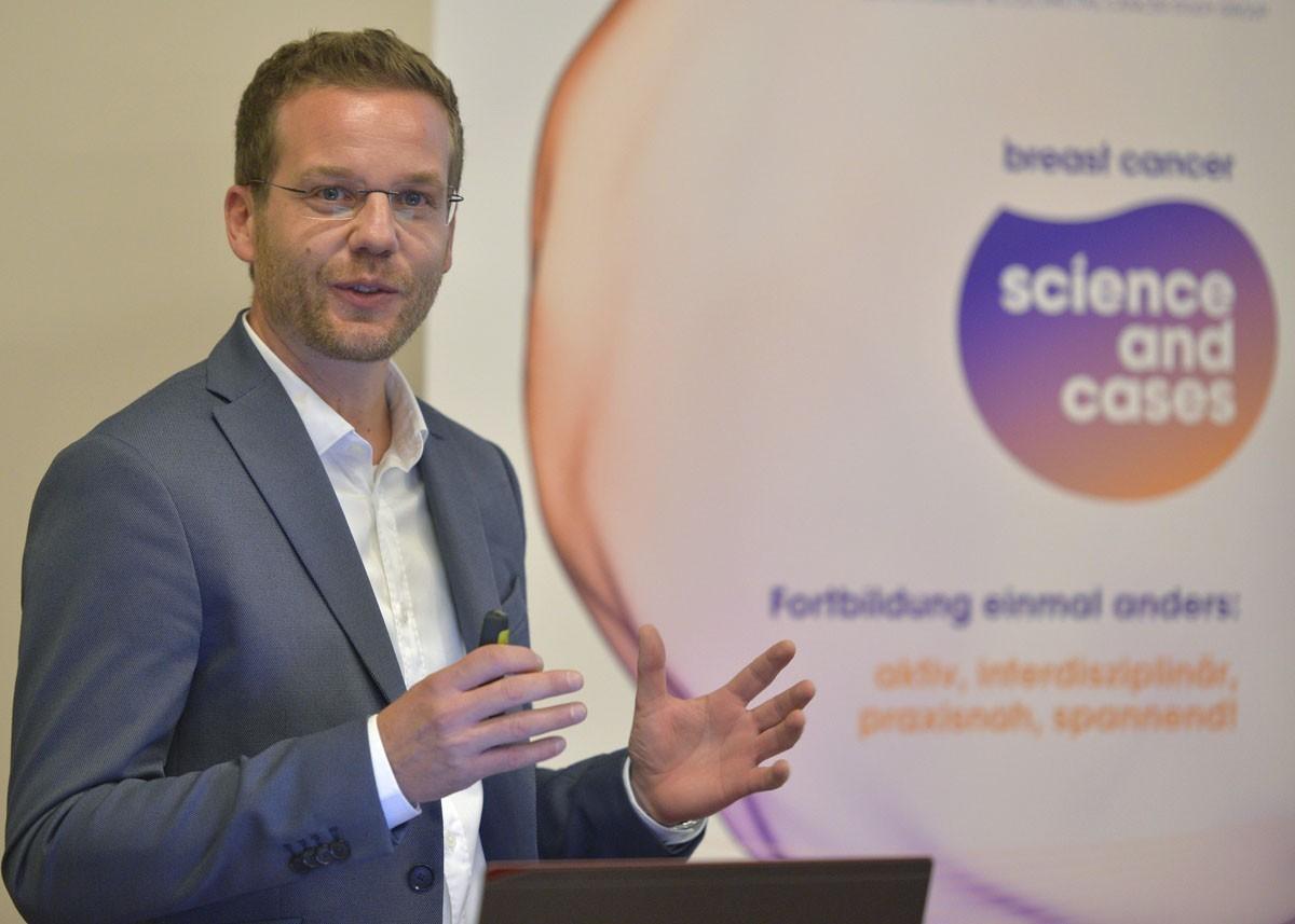 """Gregor Huber meisterte seinen ersten Einsatz als Referent bei """"Science and Cases"""" ganz hervorragend."""