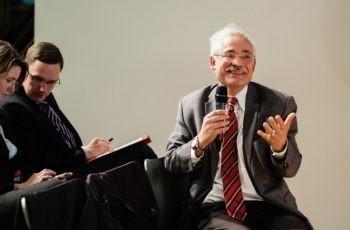 .. und Günther Steger verlagerte die Diskussion zwischendurch gleich ins Publikum.
