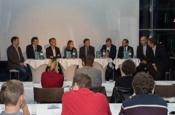 Panel-Discussion: Clemens Venhoda, Reinhold Függer, Michael Fridrik, Sonja Burgstaller, Andreas Petzer, Martin Schindl, Klaus Wilthoner, Josef Preisinger und Christoph Ausch (v.l.n.r.).