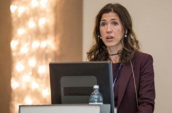 ABCSG-Vizepräsidentin Marija Balic spricht über Prävention von Frakturen und den wesentlichen Beitrag der ABCSG-Studie 18 zu diesem Thema.