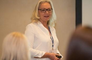 Freitag Abend fand auch wieder das Come together des Forums Study Nurses & Coordinators statt: Natalija Frank begrüßt die TeilnehmerInnen.