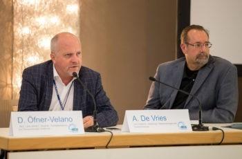 Mit den Vorsitzenden Dietmar Öfner-Velano und Alexander de Vries wird der Kolorektal-Block eröffnet.