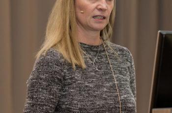 Gudrun Piringer präsentiert den aktuellen Status von ABCSG LM02.