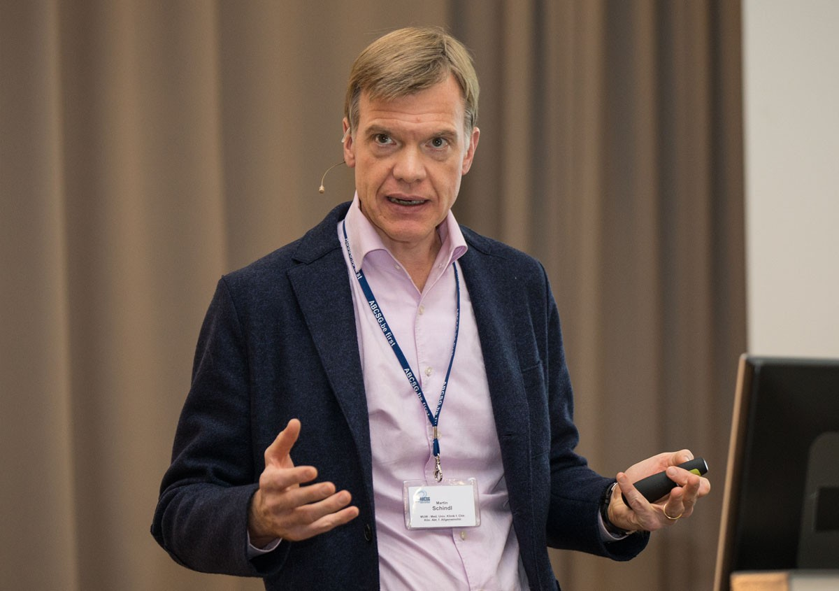 Trotz Stau rechtzeitig zur Pankreas-Session eingetroffen: Martin Schindl.