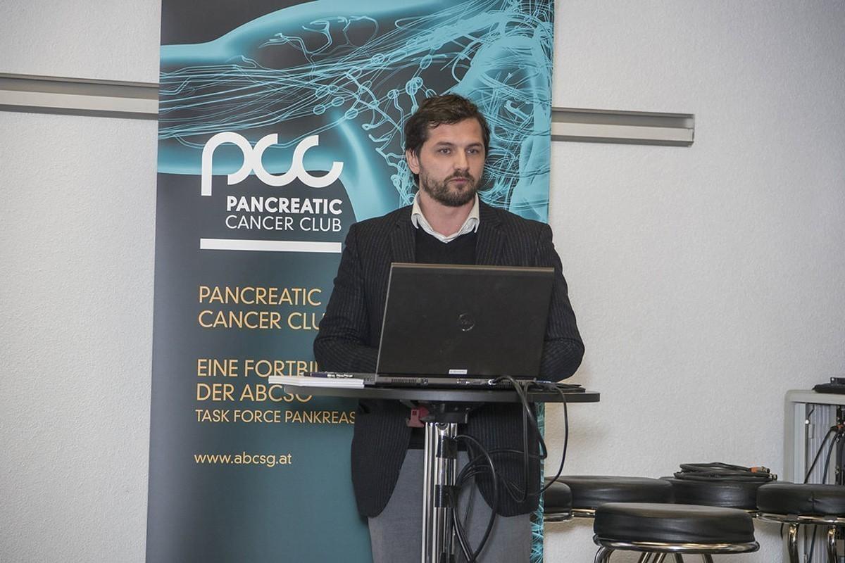 Stefan Stättner präsentiert dann das chirurgische Vorgehen beim Pankreaskarzinom.