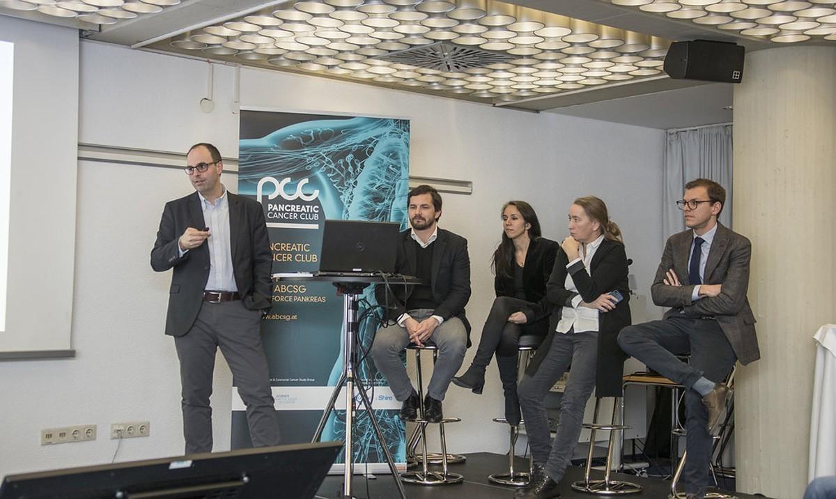 Das Panel bringt sich hier gleich ein zum Fall von Matthias Zitt (ganz links) ein: Stefan Stättner, Angela Djanani, Ute Ganswindt und Thomas Winder (v.l.n.r.).