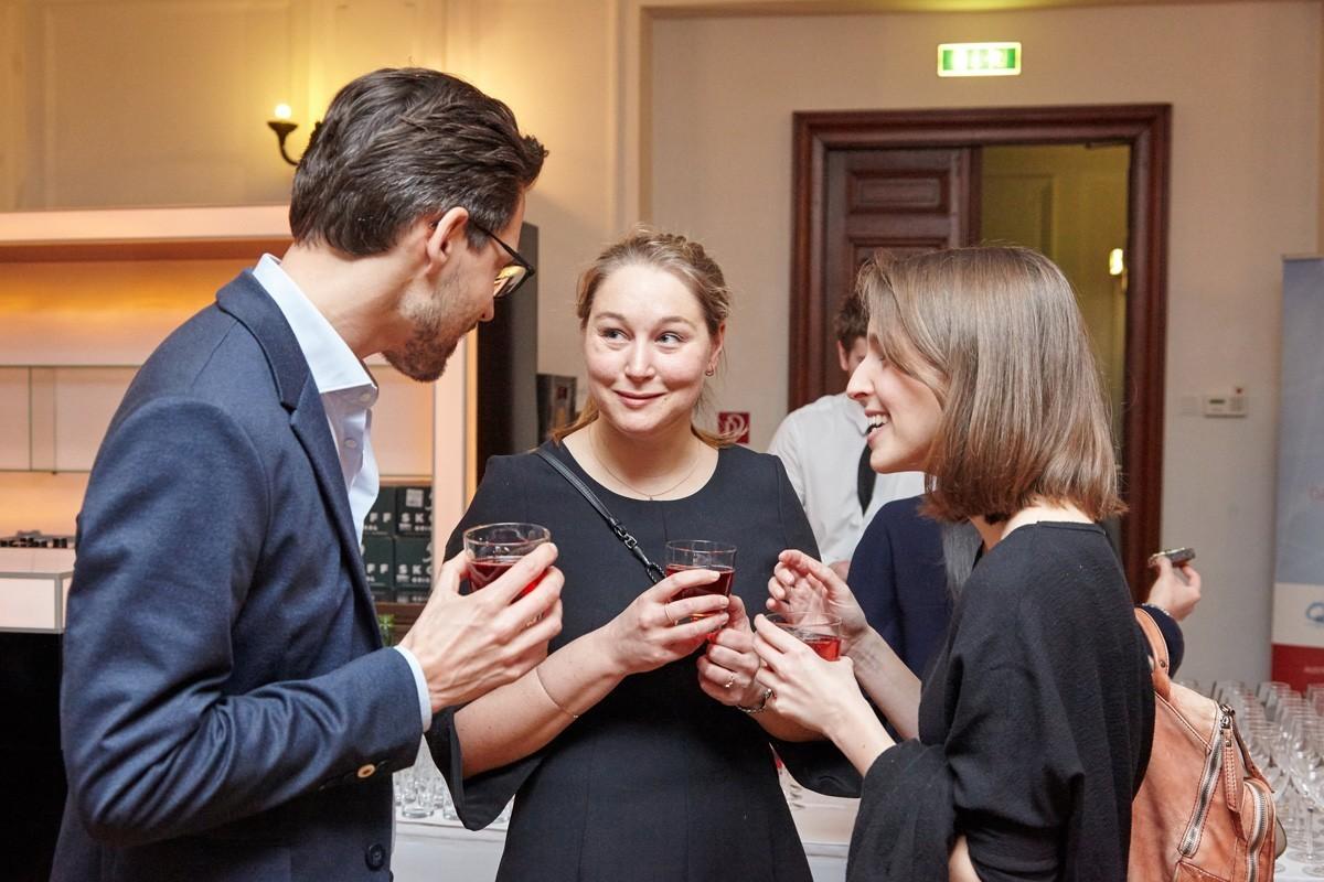Das IMPROving-Team 2018: Christoph Suppan, Theresa Czech (Mitte) und Elisabeth Bergen.