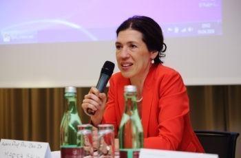 Doppelrolle als Vorsitzende und Vortragende: ABCSG-Vizepräsidentin Marija Balic.