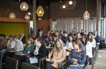 Mit mehr als 40 TeilnehmerInnen ein gut gefüllter Saal.