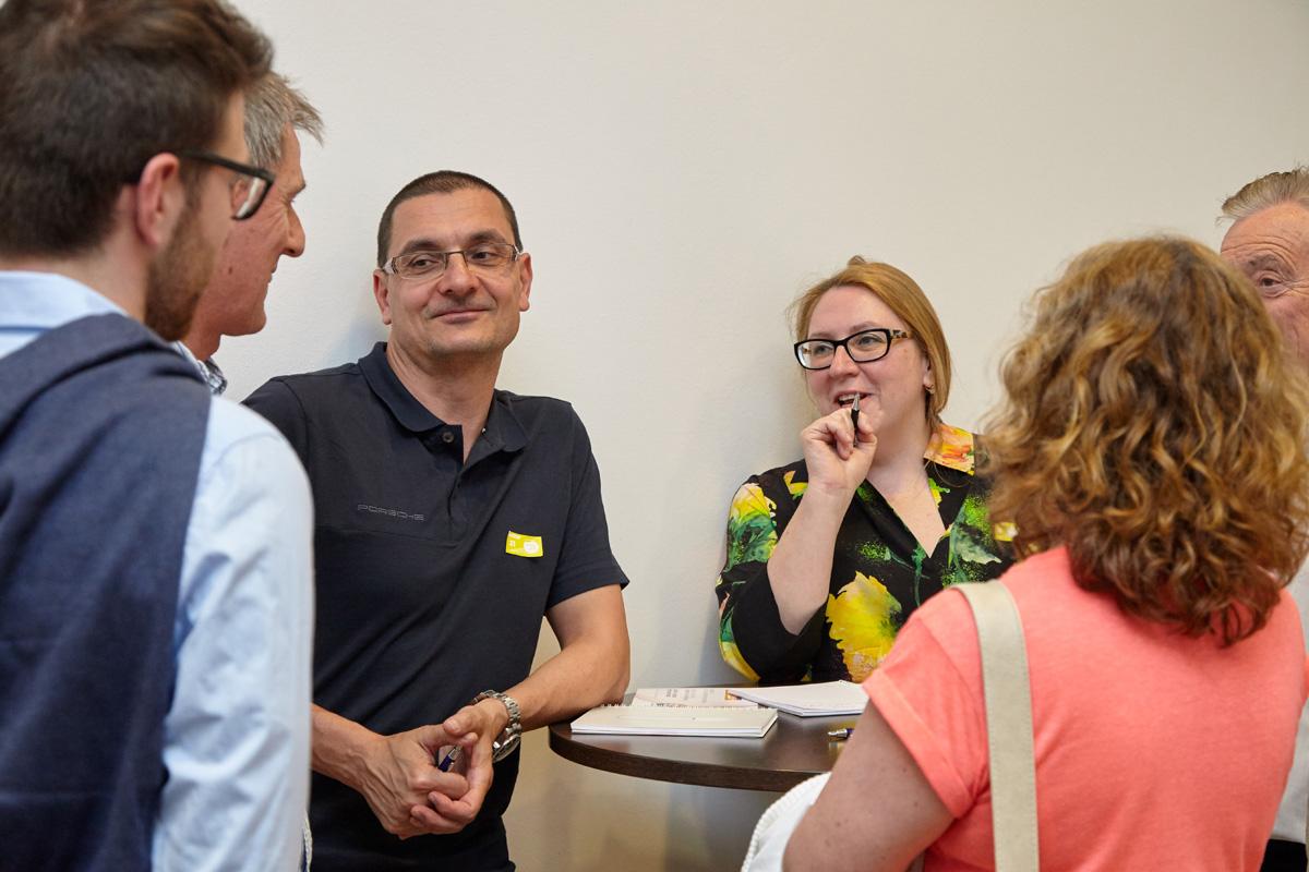 Gute Laune bei der gelben Gruppe mit Gruppensprecherin Yelena Devyatko (Mitte).
