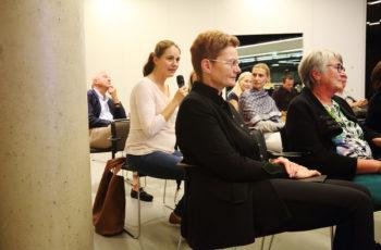 Das Publikum beteiligte sich aktiv und interessiert an den Diskussionen, ganz im Sinne der Veranstaltung.