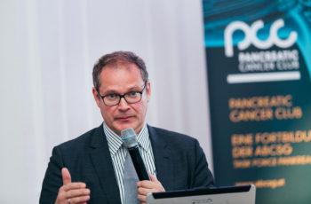 Wolfgang Eisterer wagte einen Ausblick auf zu erwartende Konzepte in der Pankreaskarzinom-Therapie.