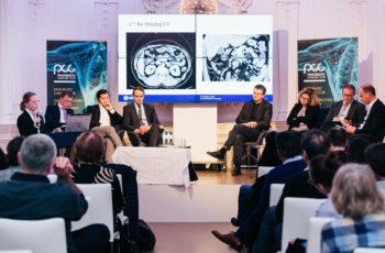 Das Panel lauscht aufmerksam: Martin Schindl, Stefan Stättner, Armin Gerger, Reinhold Függer, Carmen Döller, Wolfgang Eisterer und Co-Moderator Gerald Prager (v.l.n.r.).