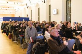 Das Publikum war sehr aufmerksam.