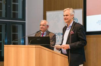 Die beiden Moderatoren Günther Steger und Christian Singer luden nach den Einzelreferaten zur Panel-Diskussion, die parallel zu den Fallpräsentationen stattfand.