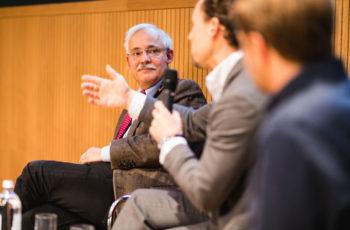 Über den Einsatz von T-DM1 wurde intensiv diskutiert: Günther Steger, Florian Fitzal und Georg Pfeiler (v.l.n.r.).