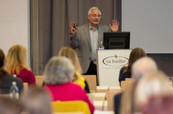 Günther Steger gab gleich zu zwei Studien einen Überblick: ABCSG 47/IMpassion und ABCSG 51/AURORA.