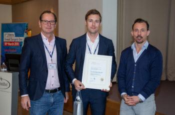 Maximilian Marhold war an diesem Wochenende im Dauereinsatz und erhielt die andere Hälfte des ABCSG-Grants, hier mit Christoph Tausch (links) und Florian Fitzal.