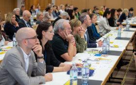Die TeilnehmerInnen lauschten den interessanten Vorträgen.