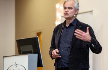 Christian Singer sprach über die neue ABCSG-Studie 50/BRCA-P.